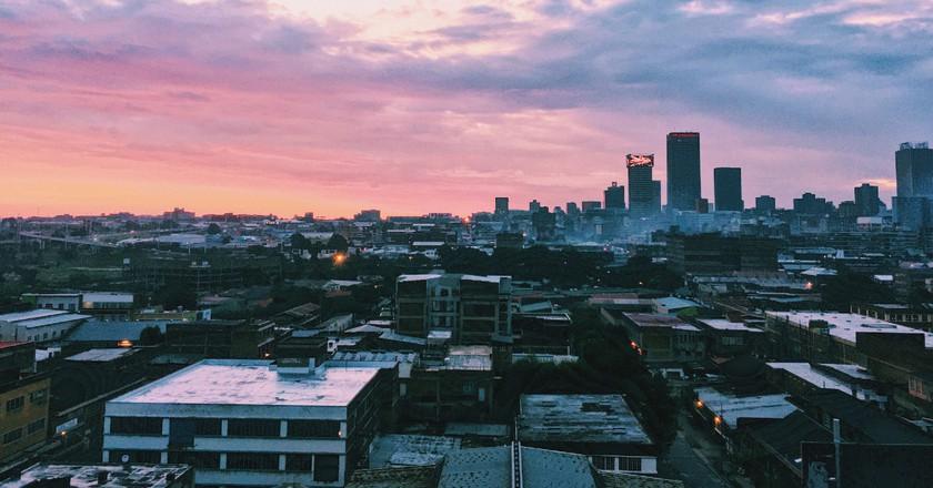 The Johannesburg skyline at sunset taken in the Maboneng neighborhood |© Carina Claassens