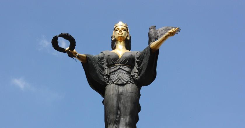 Saint Sofia Statue, Sofia, Bulgaria | Klearchos Kapoutsis/Flickr