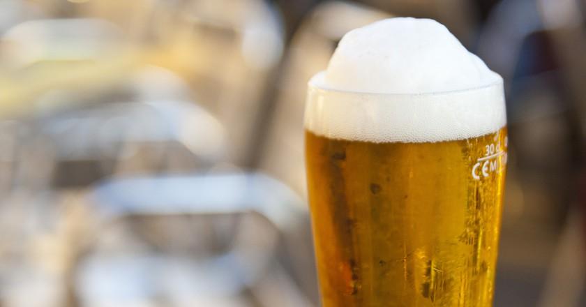 "<a href=""https://www.flickr.com/photos/martingarri/7303114160/"">A glass of beer | © Martin Garrido/Flickr</a>"