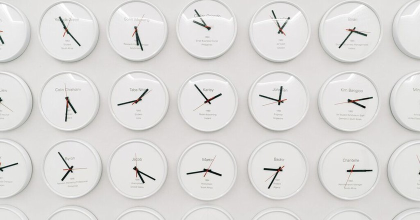 """Lee Wan's """"Proper Time: Though the Dreams Revolve with the Moon"""" 