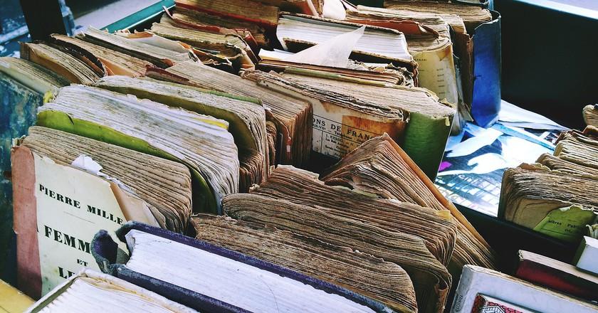 Old Books    © Adolesco/Pixabay