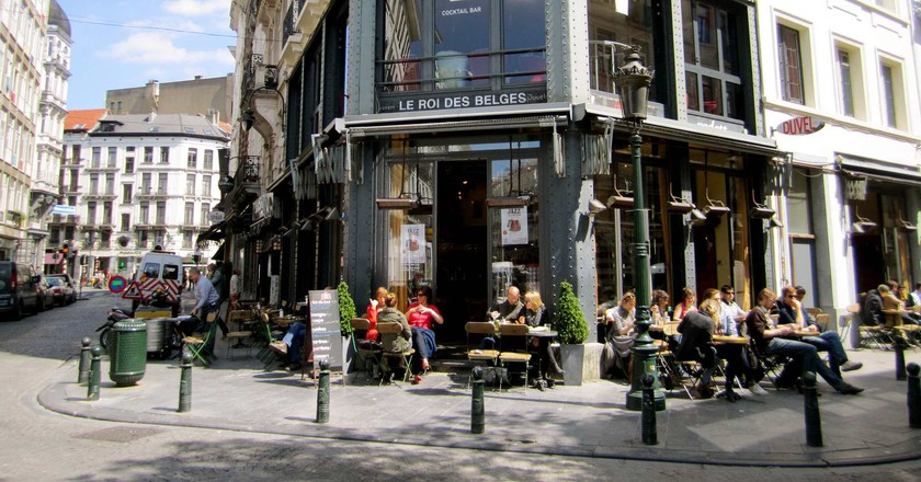 Café Le Roi des Belges on the Place Saint-Géry | © La Citta Vita / Flickr
