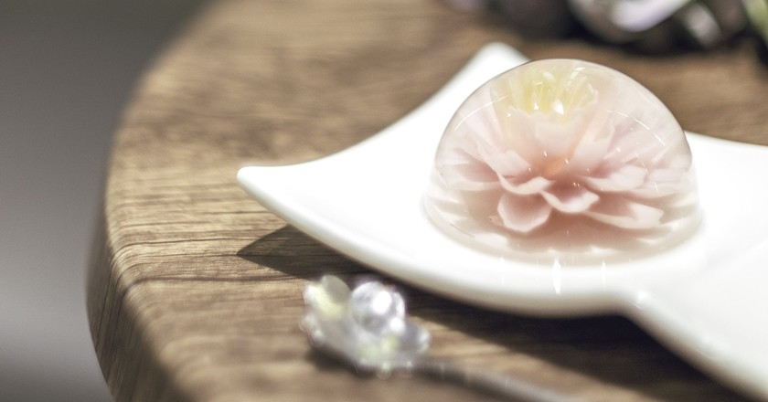 A flower jelly cake at La Floraison | image courtesy of La Floraison
