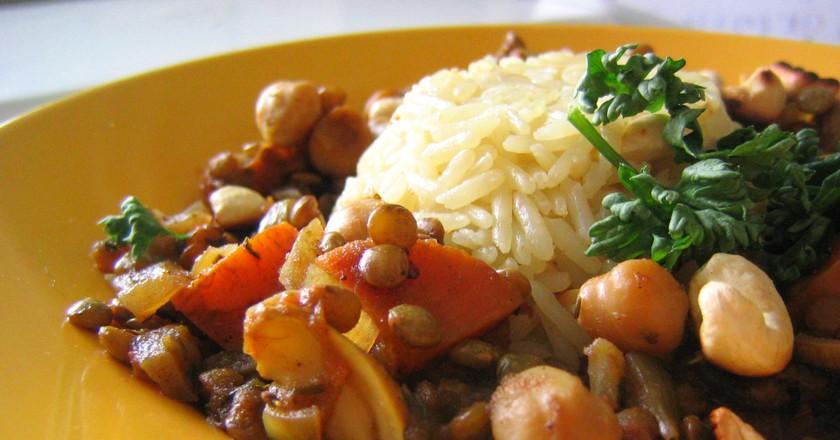 Lentils and Chickpeas | © rusvaplauke/Flickr