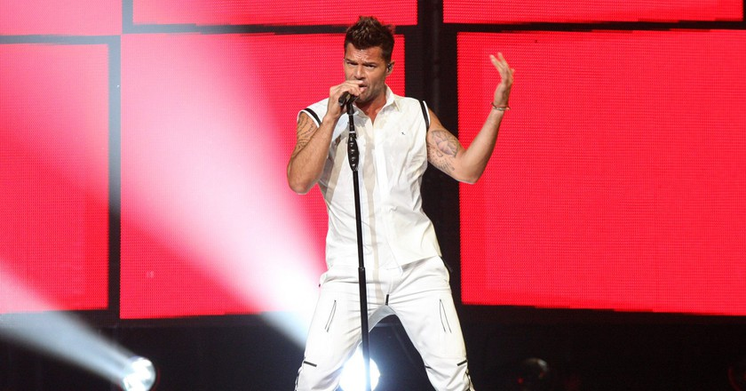 "<a href=""https://www.flickr.com/photos/evarinaldiphotography/17320114712/"" target=""_blank"" rel=""noopener noreferrer"">Ricky Martin performing 