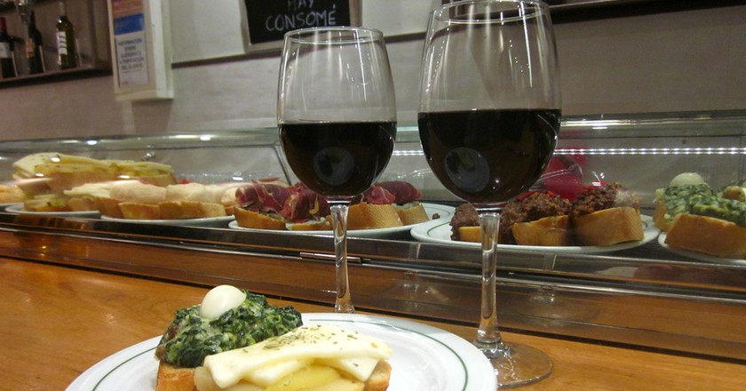 Check out these cheap places to have a drink in Madrid  | © Lori Zaino