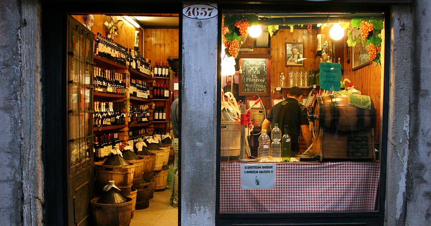 Wine shop | hinnosaar/Flickr