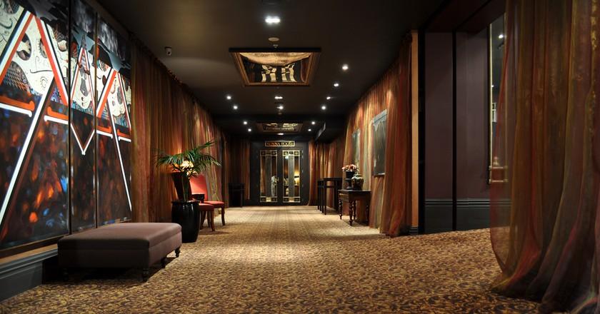 QT Museum Hotel Hallway | © Malcom Tredinnick/Flickr
