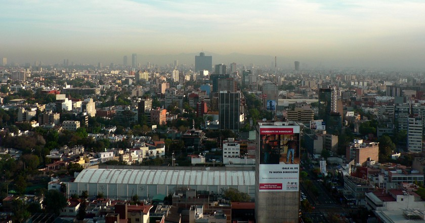 Panorama of smoggy Mexico City | © Ilai A. Magun / Flickr