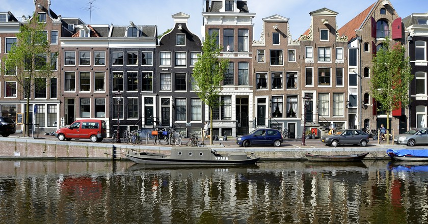 Typical townhouses in Amsterdam | © pixabay