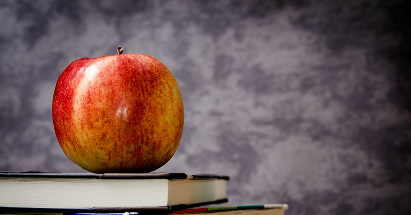 Books   © jarmoluk/Pixabay