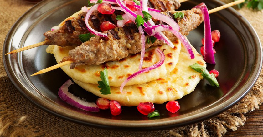 Lamb Kebab with Homemade Flatbread | © Lesya Dolyk / Flickr