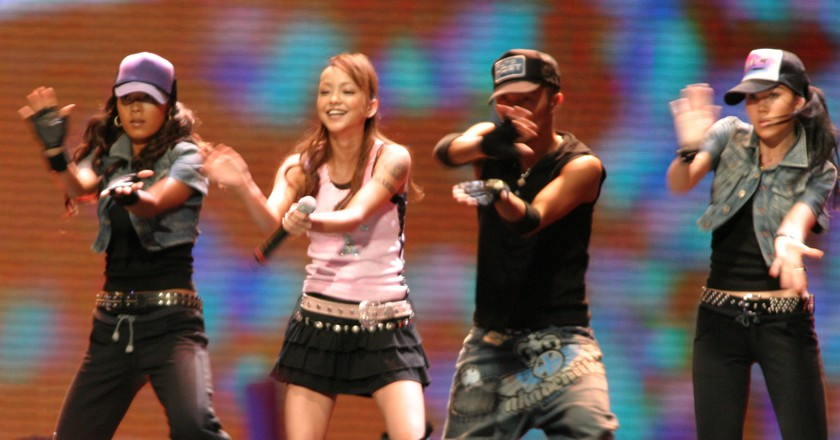 Namie Amuro performs in Bangkok in 2005   © Sry85/WikiCommons (cropped)