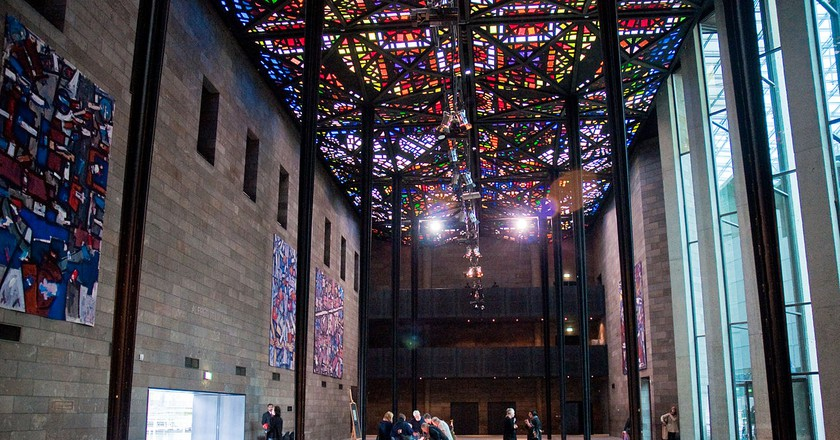 https://commons.wikimedia.org/wiki/File:National_Gallery_of_Victoria,_Melbourne,_15_Aug._2010_-_Flickr_-_PhillipC.jpg