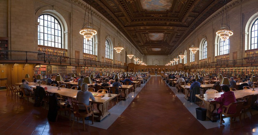"<a href=""https://commons.wikimedia.org/wiki/File:NYC_Public_Library_Research_Room_Jan_2006.jpg"" target=""_blank"" rel=""noopener noreferrer"">NYC Public Library Research Room 