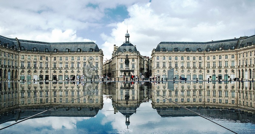 Place de la Bourse, Bordeaux│© Xellery / Wikimedia Commons