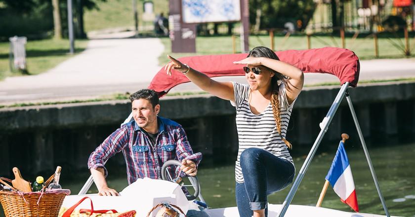 Sailing couple, Reportage photo, Les Bandits │ Courtesy of Marin d'Eau Douce