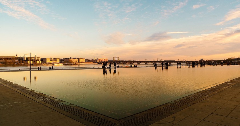 The Miroir d'Eau/ © Oliwan for Wiki Commons