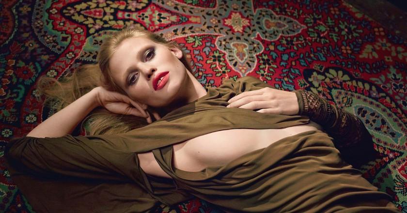 Lara Stone by Sean Seng for 032c magazine, Summer 2014 | flickr / Elliot James