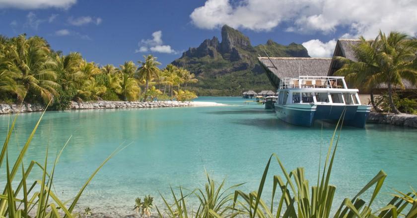 Four Seasons, Bora Bora | ©Arnie Papp / Flickr