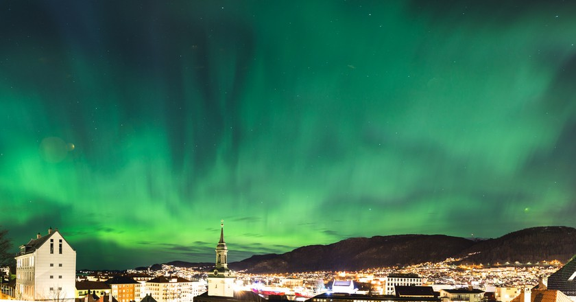 Northern lights over Bergen © Sindre Skrede / Flickr