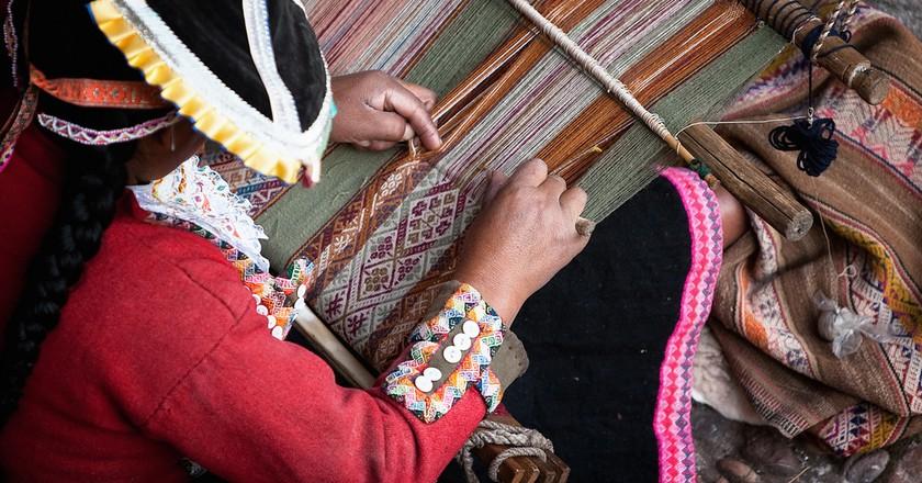 Indigenous weaver | © Jae / Flickr