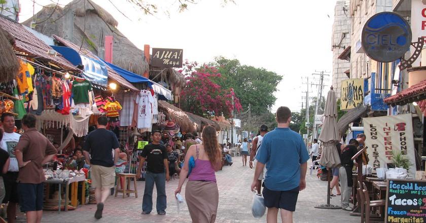 5th Avenue, Playa del Carmen | © Candy Tale / Flickr
