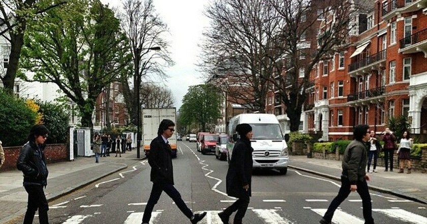 Abbey Road | © Flickr/Tilly Holland