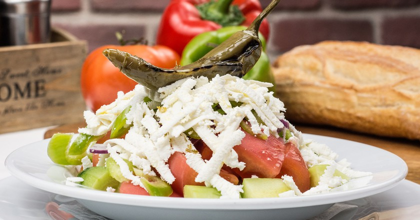 Bulgarian Shopska salad | © anestiev/Pixabay