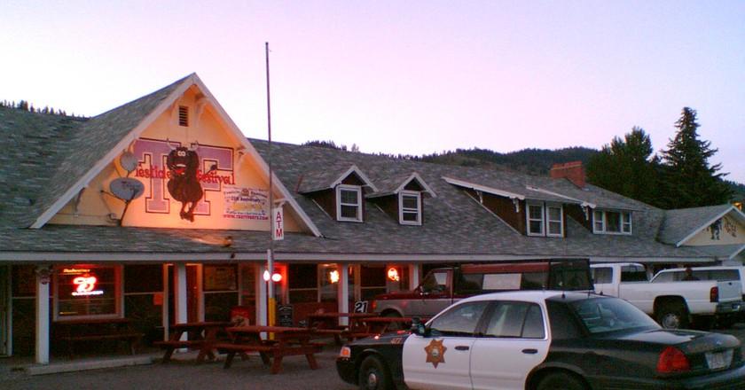Outside Rock Creek Lodge were Testy Festy is held | ©chippee/Flickr