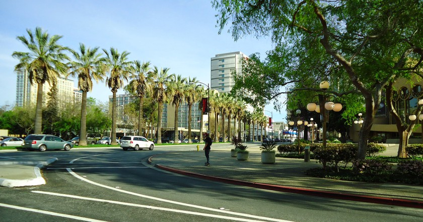 """<a href=""""https://www.goodfreephotos.com/united-states/california/san-jose/downtown-sam-jose-with-trees-and-street-in-san-jose-california.jpg.php"""" target=""""_blank"""" rel=""""noopener noreferrer"""">Downtown San Jose, California 