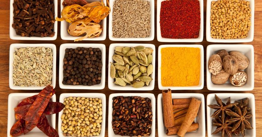 "<a href=""https://commons.wikimedia.org/wiki/File:Organic_garam-masala.jpg"" target=""_blank"" rel=""noopener noreferrer"">Indian Spices   © Joe mon bkk / Wikimedia Commons</a>"
