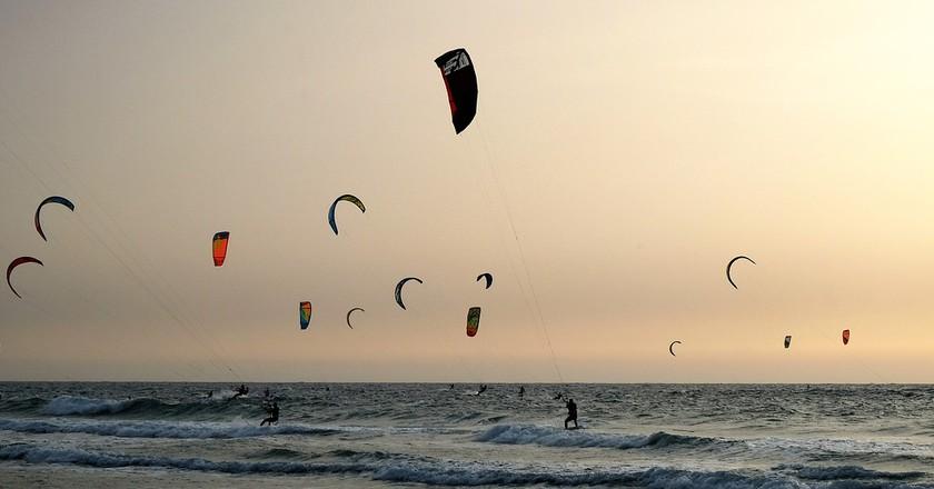 Kitesurfing I © Slatin5757/Pixabay