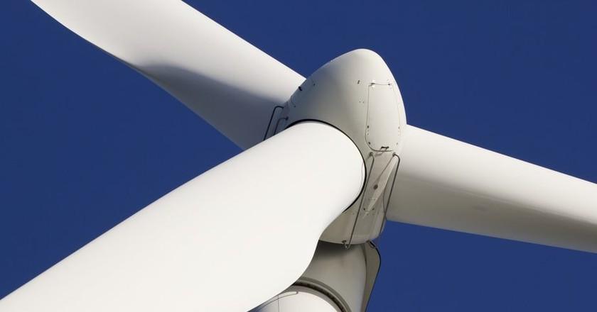 Wind turbine   © corlaffra/Shutterstock
