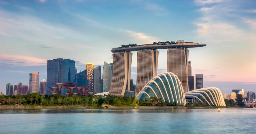 Landscape of the Singapore financial district | © anekoho / Shutterstock