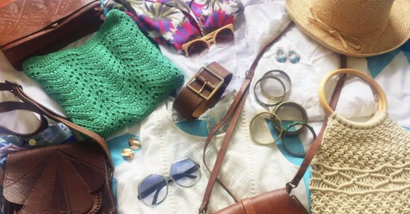 Typical vintage clothes and accessories in Greenky | Courtesy of Greenky Vintage