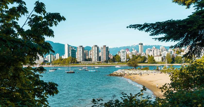 Exploring Vancouver   © Hayley Simpson