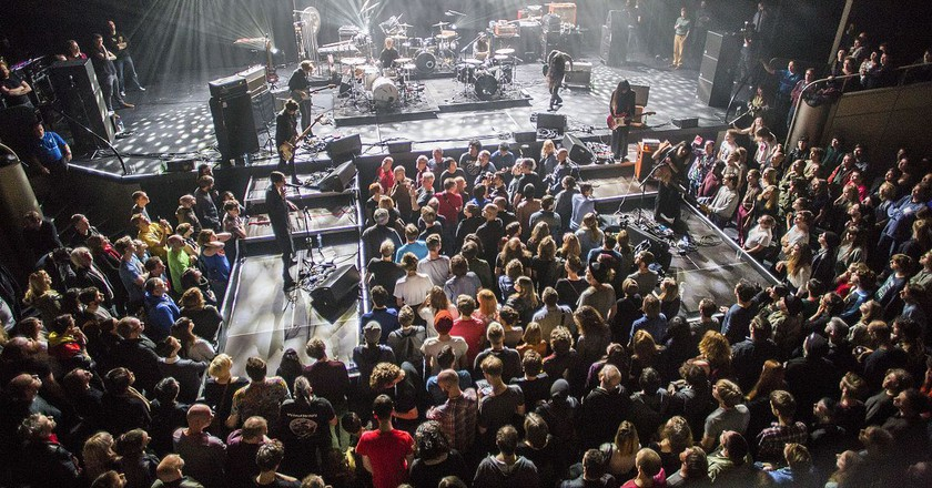 Savages and Bo Ningen performing at Le Guess Who? 2014 | © Luytenerik / WikiCommons