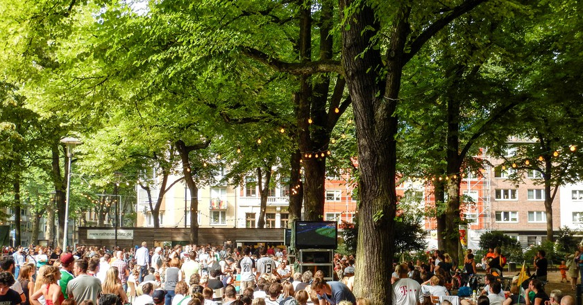 Beer garden at Rathenauplatz in Cologne | ©  Robert Brands/Flickr