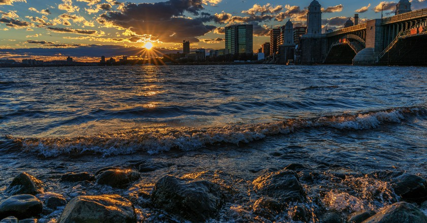 Sunset On The Charles River | © Jeff Turner/Flickr