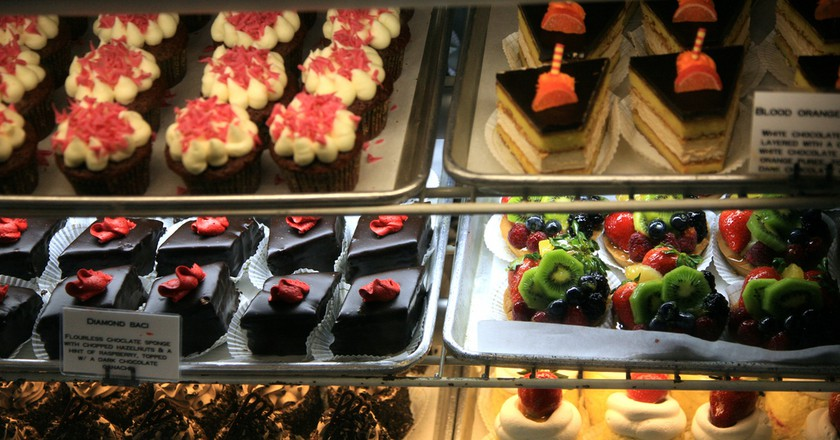Italian pastries line the display | endymion120/Flickr