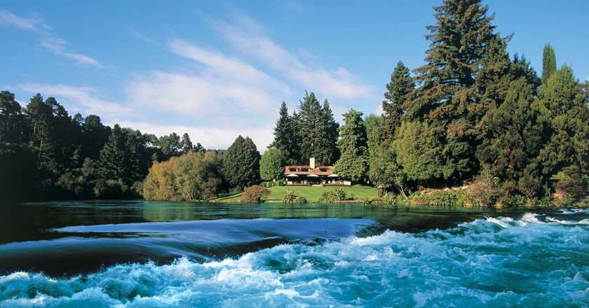 Huka Lodge, New Zealand | © Roderick Elme/Flickr