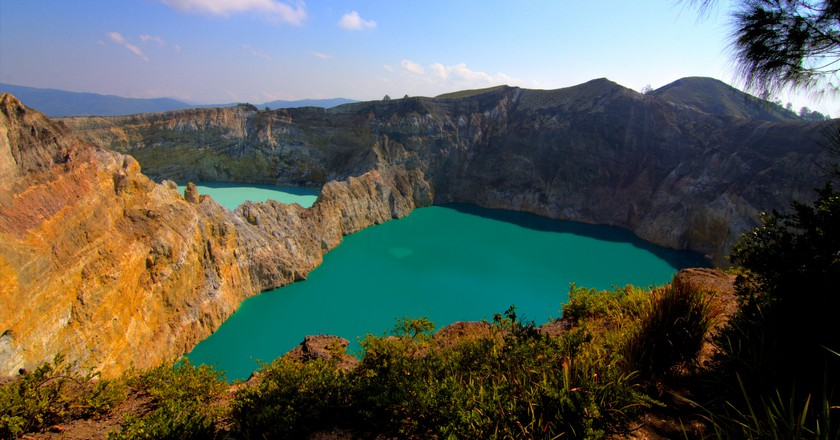 Lake Kelimutu | © Michael Day/Flickr