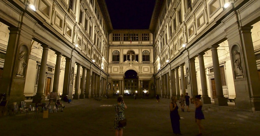 Uffizi at Night| ©Simon Collison/Flickr