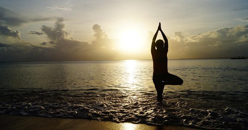 Yoga on the beach I © Pexels/Pixabay