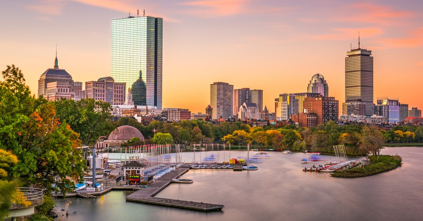 The Essential Travel Guide to Boston (Infographic)