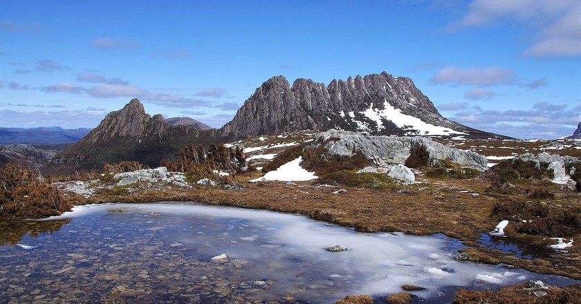 https://commons.wikimedia.org/wiki/File:Cradle_Mountain,_Tasmanian_Wilderness_World_Heritage_Area,_Tasmania,_Australia.jpg
