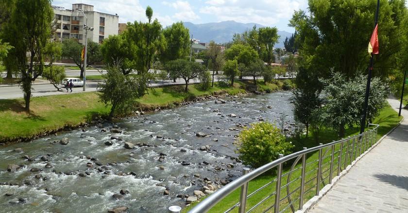 The Rio Tomebamba Runs Through Cuenca, Ecuador   © dbmcnicol / Pixabay
