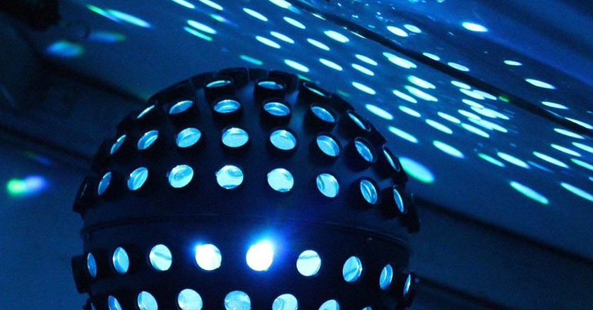 Disco Ball at Nightclub | © Counselling / Pixabay