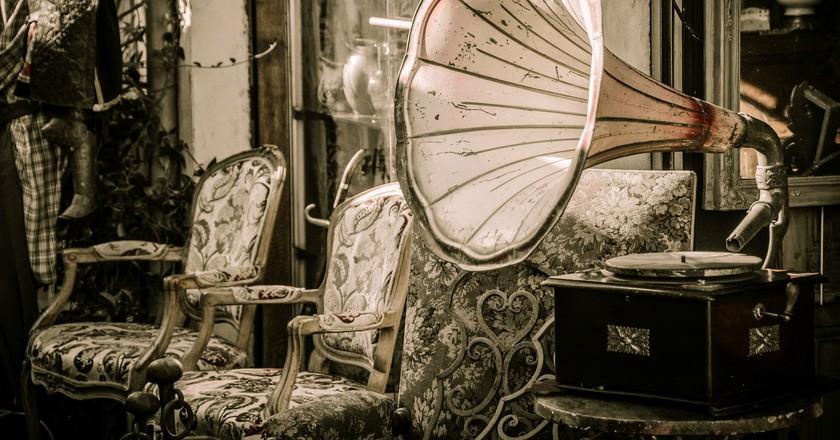 Flea market|©bogitw/Pixabay